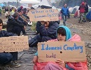 Idomeni see plenty protests by refugees - here a blockade of the railways to Macedonia