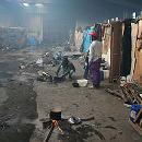 Rosarno: baracche nella cartiera abbandonata