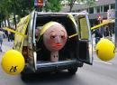1. März Wagen auf der Mayday Parade 2011 in Wien