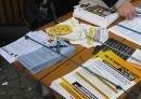 Infotisch am 8. April 2011 im Rahmen der Infotage gegen das Fremdenrechtspaket