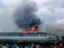 Abschiebehaftanstalt in Vincennes brennt