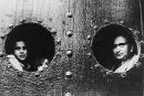 Jüdische Flüchtlinge auf dem Schiff »St. Louis« in Havanna 1939. Nachdem ihnen die Einreise verweigert wurde, mussten sie zurück nach Europa fahren. Mindestens 254 der rund 900 Passagiere starben später im Holocaust. Foto: picture alliance / akg-images