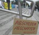 Abschieben abschaffen  ---  no-racism.net