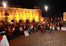 Demonstration für Bleiberecht: Abschlusskundgebung vorm Landestheater in Innsbruck