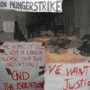 Die Flüchtlinge im Hungerstreik in der Votivkirche fordern ein Ende der Isolation und Gerechtigkeit!