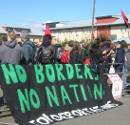 Demonstration beim Harmondsworth Detention Centre am 8. April 2006.