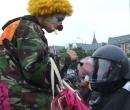 Clown auf der Migrationsdemo am 04. Jun 2007