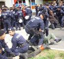 Prügelnde Polizei in Linz