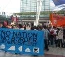No Border. No Nation. Bleiberecht jetzt. Kundgebung am Flughafen München, 6. August 2011