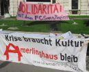 Kundgebung am 28. Mai 2010 vor dem Burgtheater in Wien