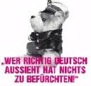 Polizeiteddybär mit Text: Wer richtig deutsch ausschaut, hat nichts zu befürchten